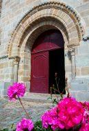 Porche. Eglise de Champdieu